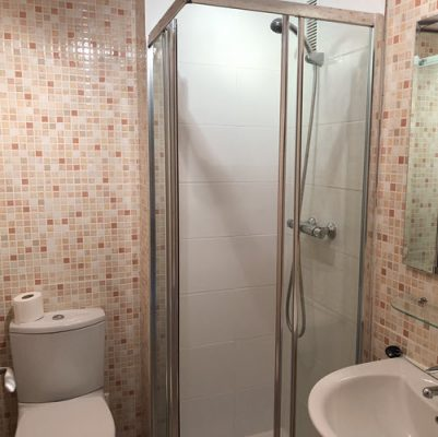 Shower room in Casares apartment